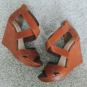 Jessica Simpson JINXXI Brown Wedges